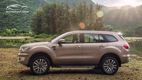 Top 7 SUV 2019 - Ford Everest