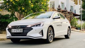 Hyundai Elantra 2.0 6AT 2020