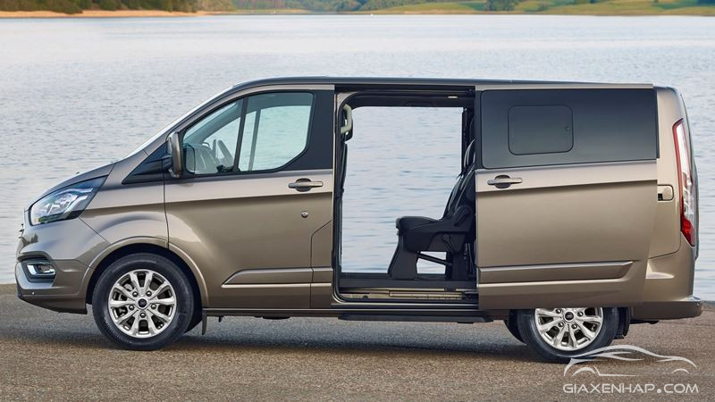 FORD TOURNEO 2019 HOT
