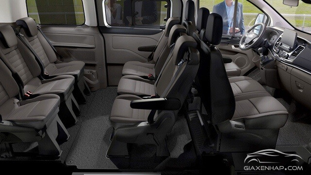 KHOANG CABIN CỦA FORD TOURNEO 2019